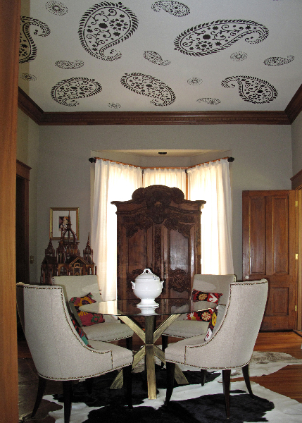 Dining-room-ceiling