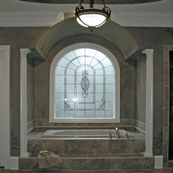 faux finishes in luxurious bath