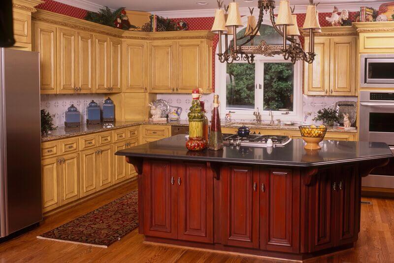 Atlanta decorative cabinet painting